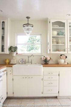 1940s Shabby Chic Beach Bungalow Kitchen By Jennifer Grey Interiors 10 Shabby Chic Decorating on a Budget for a Shabby-Chic Style Patio with a Blue Chair Cushions : NewTeeth