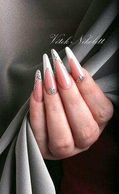 #crystalnails