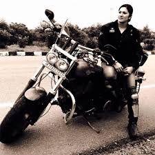 """Veenu Paliwal: Indian """"Girl on a Motorcycle"""""""