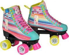 Roller Disco, Pink Kids, Son Luna, Hat Hairstyles, Roller Skating, Trends, Cute Shoes, Sport, Converse Chuck Taylor