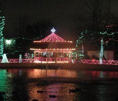 Holiday light displays around Tulsa