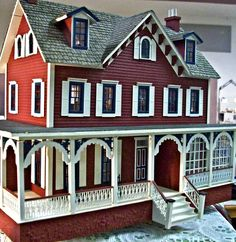 1:12th scale miniature house (dollshouse)