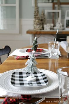 Our Rustic Cottage Christmas Tour 2015 - The Wicker House