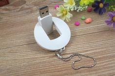 Memoria USB con carcasa en PVC formato circular, disponible en combinación de todos los colores básicos Usb, Washer Necklace, Jewelry, Budget, Colors, Jewlery, Jewerly, Schmuck, Jewels
