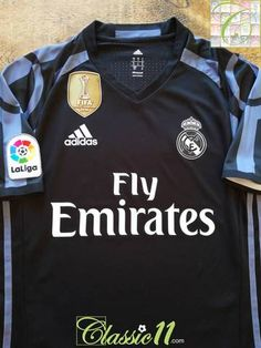 2016 17 Real Madrid 3rd World Champions Player Issue Football Shirt (S) 6b83a1a48