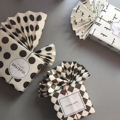 Gift Wrapping Inspiration : Black and white graphic-patterned gift wrapping by byeon_na Gift Wrap Box, Diy Gift Box, Diy Gifts, Gift Tags, Handmade Gifts, Creative Gift Wrapping, Creative Gifts, Unique Gifts, Wrapping Ideas
