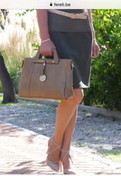 ATELIER  FERETI  BELGIUM  Go to FERETI.EU #FERETI #designer #handbags #luxury #Tote #Fashion