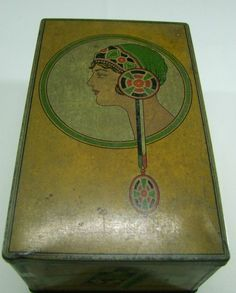 VERY RARE LARGE 1920'S ART DECO FOUR ACES CIGARETTES TIN