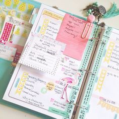 The sticky notes and stickers used in this planner are so cute!
