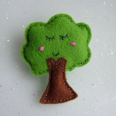 Hand Stitched Cute Felt Tree Brooch - Kawaii