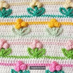 Crochet and knitting is a timeless activity and hobby that are one of the best ways to spend time. With so many different crochet or knitted dishcloth Crochet Puff Flower, Crochet Flowers, Dollar Store Christmas, Christmas Crafts, Crochet Christmas, Christmas 2017, Crochet Stitches Patterns, Stitch Patterns, Crochet Projects