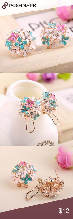 Beautiful flower stud earrings Beautiful flower stud earrings Jewelry Earrings