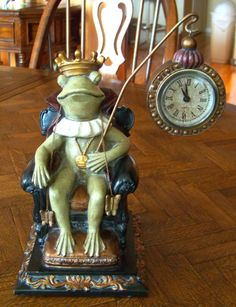 Frog King Clock Statue from Lionheart Designs