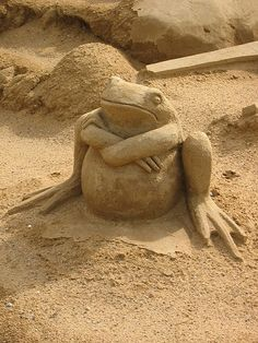 Ok, that's that!                                   Sand sculpture by Holger Zscheyge
