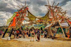 eclipse festival Sulawesi 2016 main stage bamboo