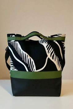Black and white, green, shoulderbag, womans, My work.