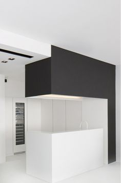 Minimal kitchen design, Index Penthouse in Dubai by Studio M _