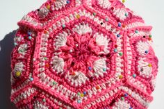 granny pincushion by UnaFormaDArteCrochet on Etsy #italiasmartteam #etsyshop #etsy #shopping #giftidea @etsy