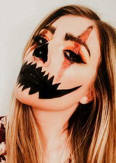 Halloween Makeup Clown, Amazing Halloween Makeup, Clown Makeup, Halloween Makeup Looks, Zipper Halloween Makeup, Halloween Eye Contacts, Halloween Pumpkin Makeup, Makeup Eyes, Halloween Costumes