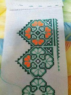 Green and Orange tone Cross Stitch Bookmarks, Cross Stitch Bird, Cross Stitch Borders, Cross Stitch Designs, Cross Stitching, Cross Stitch Embroidery, Cross Stitch Patterns, Hand Embroidery Designs, Embroidery Patterns