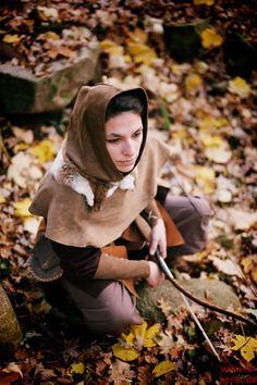 Eine Komplettgewandung zur Darstellung einer Waldläuferin