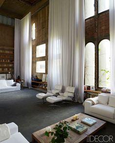 Beautiful Tall Curtains Design Ideas For Living Room 27 Tall Curtains, White Curtains, Ceiling Curtains, Sheer Drapes, Loft Design, House Design, Interior Architecture, Interior And Exterior, Rideaux Design