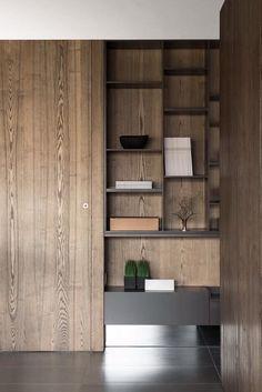 minimalist wood shelving, dark wood shelving in apartment, minimalist apartment . Shelving Design, Shelf Design, Cabinet Design, Home Interior Design, Interior Architecture, Interior Decorating, Minimalist Bookshelves, Minimalist Shelving, Flur Design