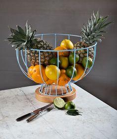 "Obstschale ""180°"" Table Decorations, Inspiration, Design, Home Decor, Clothes Hangers, La Perla Lingerie, Old Lamp Shades, Bowl Of Fruit, Deco"
