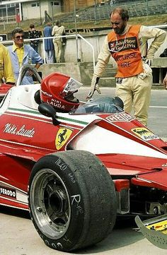 Ferrari Racing, Ferrari F1, Formula 1 Car, Racing Events, Old Race Cars, Indy Cars, Car And Driver, Vintage Racing, Race Day