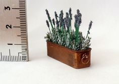 1:12 scale Potting table, Lavender, Buckets and Throws. - tutorial