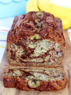 Cinnamon Swirl Banana Bread from The BakerMama. Cinnamon Swirl Banana Bread from The BakerMama. Cinnamon Banana Bread, Moist Banana Bread, Chocolate Chip Banana Bread, Banana Bread Cake, Cinnamon Muffins, Cinnamon Rolls, Dessert Bread, Dessert Recipes, Banana Bread Recipes