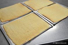 Foi pentru prajituri - fragede si usor de facut. O reteta simpla de foi de prajitura de casa. Se pot umple cu crema sau marmelada. Foi cu amoniac (amoniu)
