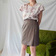 VIN-SKI-0245 Vintage φούστα mini τουίντ καφέ Waist Skirt, High Waisted Skirt, Vintage Skirt, Skirts, Fashion, Moda, High Waist Skirt, Fashion Styles, Skirt
