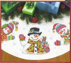 Cross Stitch Kit Three Snowmen Tree Skirt From Dimensions Snowman Cross Stitch Pattern, Cross Stitch Tree, Counted Cross Stitch Kits, Cross Stitch Embroidery, Cross Stitching, Cross Stitch Patterns, Embroidery Thread, Cross Stitch Christmas Stockings, Christmas Cross
