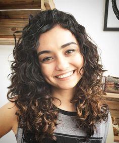 62 Super Ideas For Hair Cuts Natural Wavy Curls Curly Hair Cuts, Long Curly Hair, Curly Girl, Curly Hair Styles, Natural Wavy Hair, Natural Hair Styles, Wavy Haircuts, Wavy Hairstyles, Hairstyle Men
