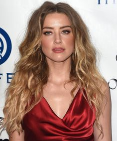 Daily pics of the beautiful Amber Heard Amber Heard Hair, Amber Heard Style, Long Hair Cuts, Long Hair Styles, Best Long Haircuts, Amber Head, Bella Thorne, Gorgeous Hair, Most Beautiful Women