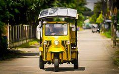 Binnenkort gaan ze misschien wel het straatbeeld van de Thaise hoofdstad vullen:  De tuk-tuk op zonne-energie.