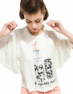 27aaa4c28f53 Bershka Romania - Bershka bat sleeve cropped T-shirt Kingdom Woman