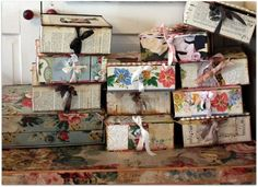 Decorated boxes - This site has a lot of great ideas that I can use for Christmas 2013