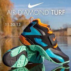 Available 11/30/13- Nike Air Diamond Turf (M,GS)- Black/ Total Orange #JimmyJazz #trendingnow #Nike #DiamondTurf #DeionSanders #IGSneakerCommunity #Orange jimmyjazz.com