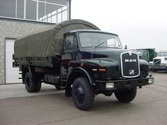 M.A.N. camions armée, traction 4x4, 11.136 / worldwide shipping