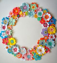 DIY paper flower spring wreath (with tutorial link)   Ideas from the forest