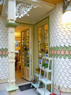 Carilo Shops, Mirror, Furniture, Home Decor, Cities, Viajes, Tents, Decoration Home, Room Decor