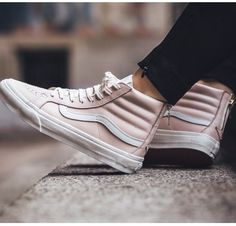Vans Hi Zip Leather Sneakers Whispering Pink Sock Shoes, Cute Shoes, Vans Shoes, Me Too Shoes, Shoe Boots, Shoes Sneakers, Sneakers Rose, Leather Sneakers, High Top Sneakers