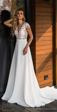 Wedding Dresses by Florence Wedding Fashion 2019 Despacito Bridal Collection - Belle The Magazine - Wedding Dress by Florence Wedding Fashion 2019 Despacito Bridal Collection - Italian Wedding Dresses, Elegant Wedding Gowns, Country Wedding Dresses, Bridal Dresses, Bridesmaid Dresses, Braut Make-up, Beautiful Gowns, Bridal Collection, Wedding Styles