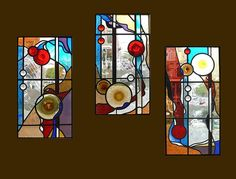 "3 eigen ontworpen en vervaardigde glas in lood panelen voor een chalet in Frankrijk. 3 stained glass windows for a ""Chalet"" in France. 