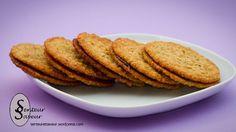 Voici une délicieuse recette de biscuits suédois avec des flocons d'avoine et du chocolat. Ces petits gâteaux sont délicieux, croustillants à l'extérieur, avec du bon chocolat fondant a… Dairy Free Cookies, Oat Cookies, Galletas Cookies, Kitchen Aid Artisan, Veggie Recipes, Dessert Recipes, Scandinavian Food, Oatmeal Bars, Cooking Chef