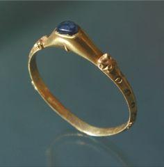 Stirrup gold ring, Europe, ca 13th century.