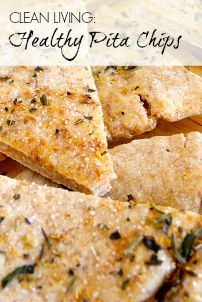 Healthy pita chips Bread Appetizers, Yummy Appetizers, Savoury Dishes, Food Dishes, Healthy Eating Recipes, Healthy Snacks, Homemade Pita Chips, Flatbread Recipes, How To Eat Better