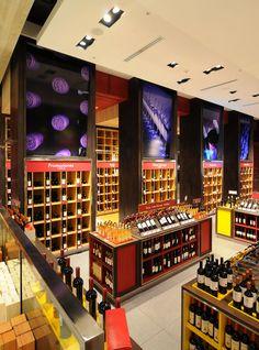 El Mundo del Vino wine store by Droguett A, Santiago   Chile store design